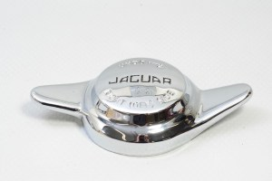 Jaguar C1102 - Two Eared Wheel Knock Off - Right Hand Side