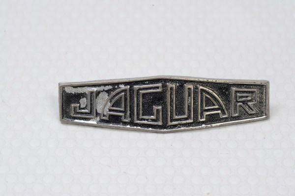 Jaguar C3367 - Hub Cap Badge