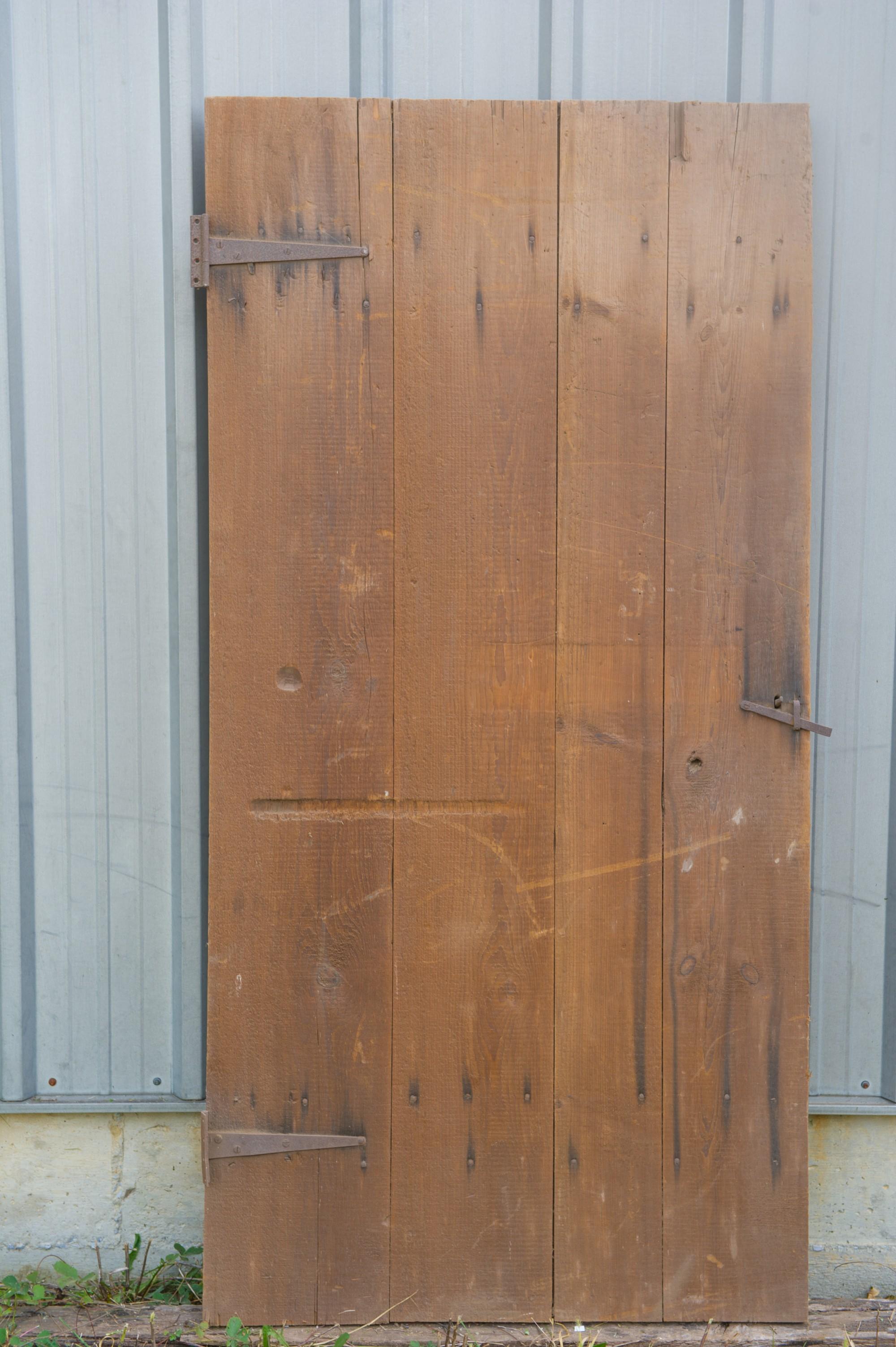 brown pine wide plank barn door vintage lumber vintage on Brown Barn Door id=78560