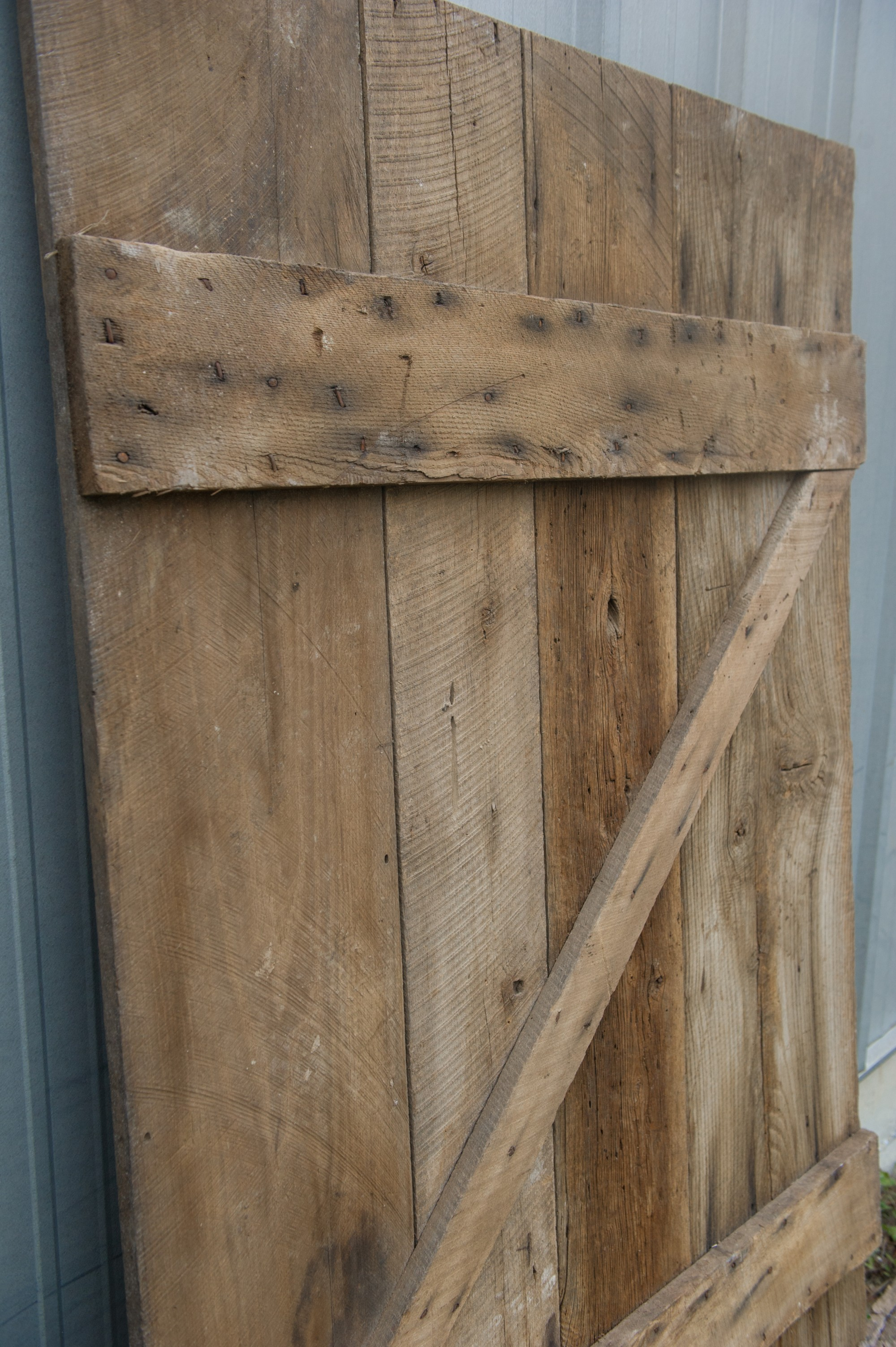 wide brown pine barn door vintage lumber vintage lumber on Brown Barn Door id=40837