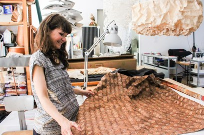 Elisa Strozyk in Berliner Atelier