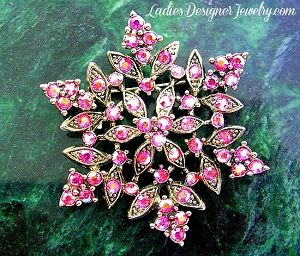 c1d753085f4 Snow Flake Flower Brooches Pins, Ladies Vintage Antiqued Silver-Plate  Brilliant Pink Winter Rhinestone