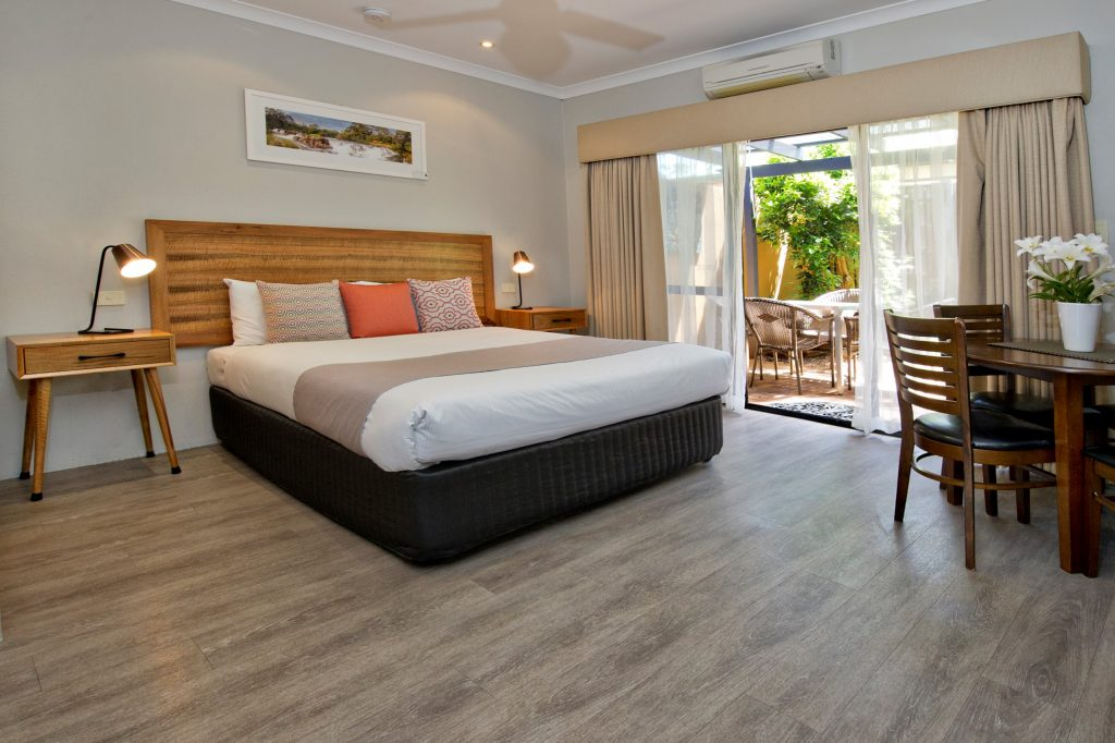 Stylish Margaret River Spa Accommodation - in heart of town