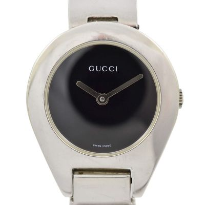 Pre-Owned and Collectable vintage retro Vintage Gucci 6700L Stainless Steel Ladies Quartz Watch swiss