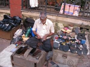 Shoe repair stall