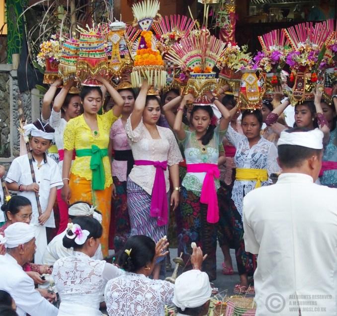 Village procession for Kuningan, Nyuh Kuning