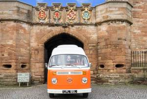 Lola the Vintage VW Camper went to Linlithgow Palace
