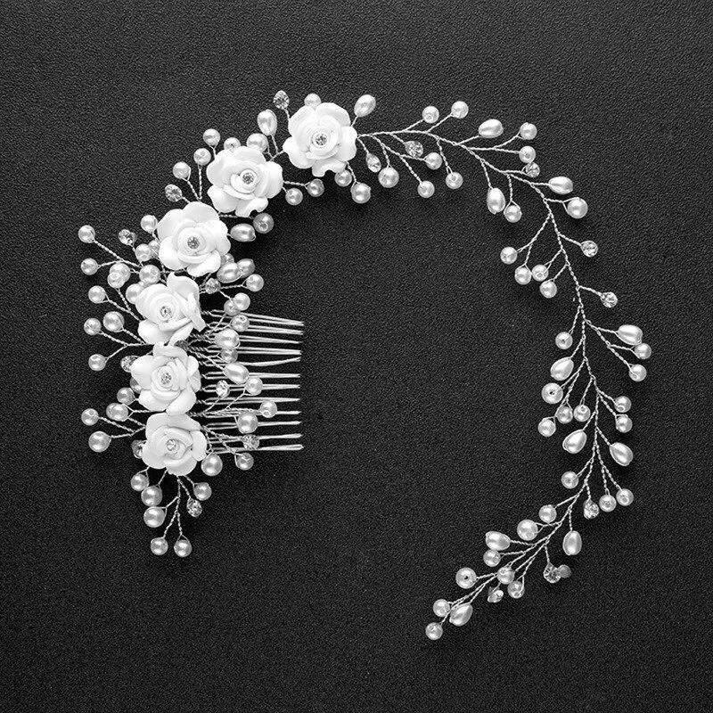 menyasszonyi hajdísz hajtű diadém tiara alkalmi bizsuékszer