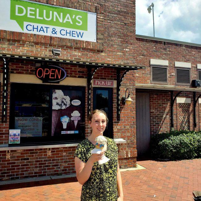 Violet Sky at Deluna's Chat & Chew, Pensacola, Florida
