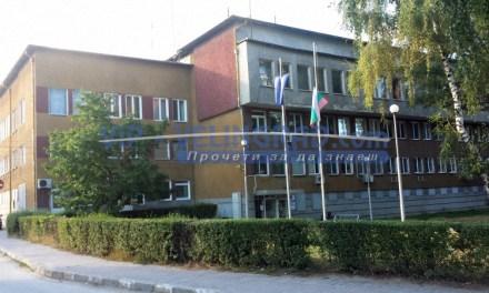 Служители на РУ-Велинград задържаха мъж отглеждал канабис в двора си