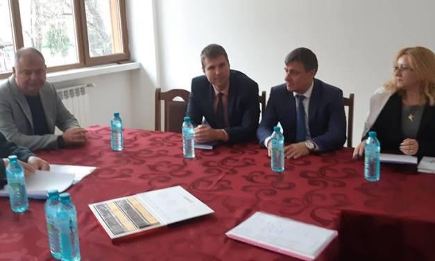 Областният управител Стефан Мирев проведе изнесена приемна и във Велинград