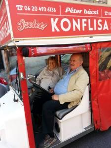 Ádler Péter bácsi - a karitatív taxis