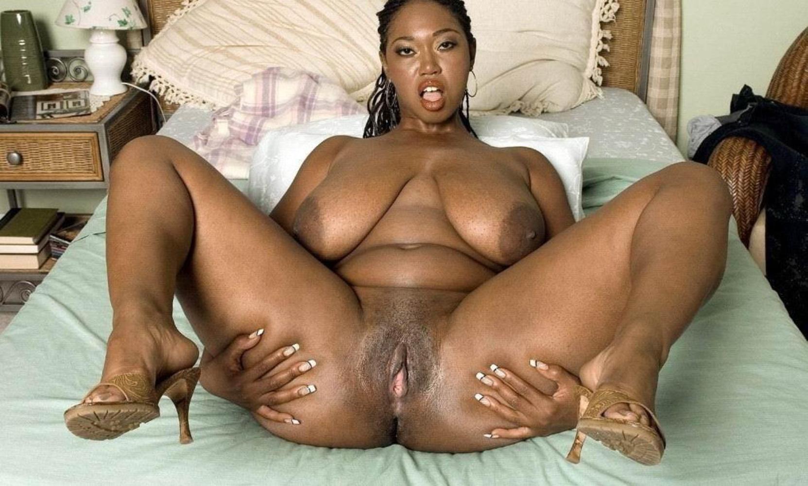 Porn galleries mature mama big tit sex