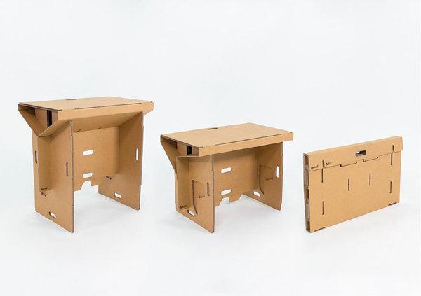 1分鐘快速組裝的便攜紙皮工作桌,有了這個才算真正的「流動工作間」!
