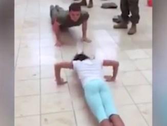 pige soldat