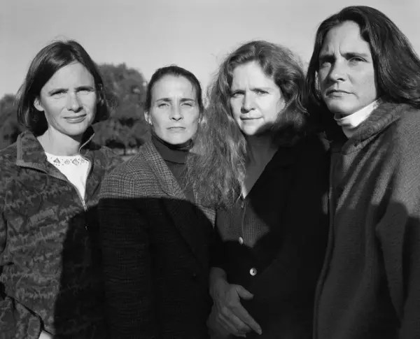 1996 hermanas fotos