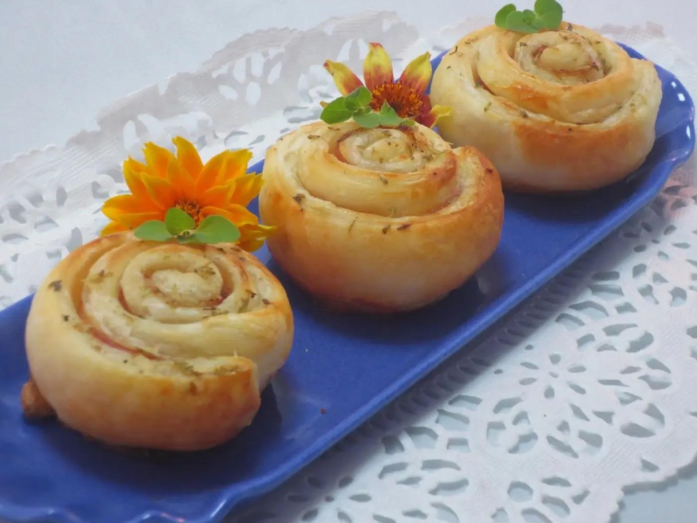 Deliciosos y sencillos platos hechos con pasta hojaldre est n para chuparse los dedos hoy - Platos de pasta sencillos ...