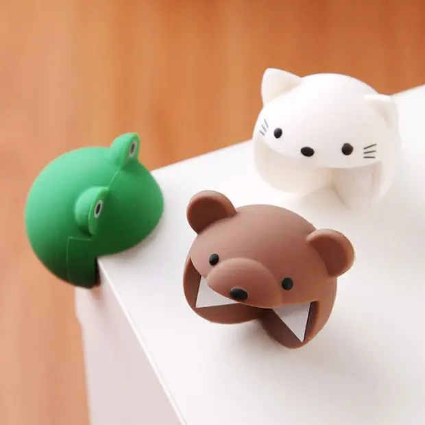 table-corner-protection-funny-animals-corner-guard-cushions-1