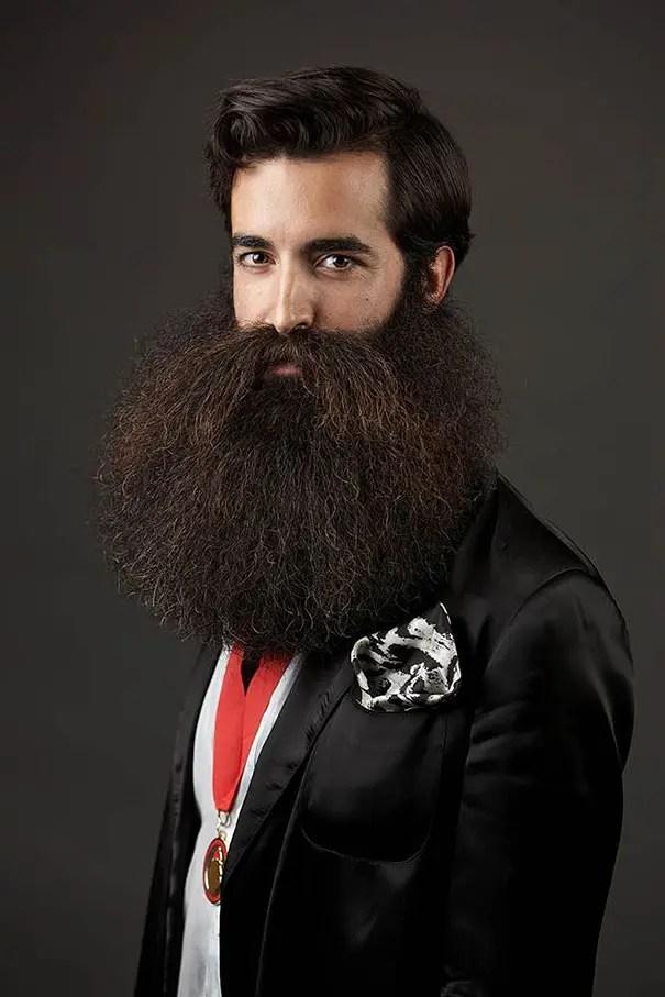 barbas y bigotes 9