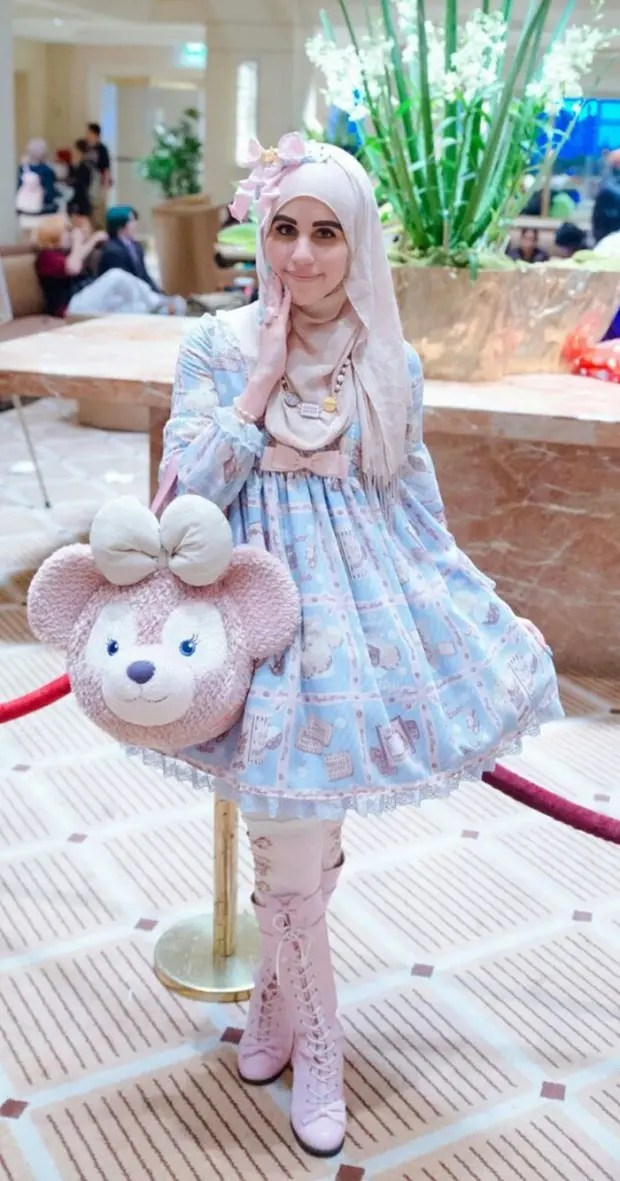 muslim-lolita-hijab-japanese-fashion-anime-42