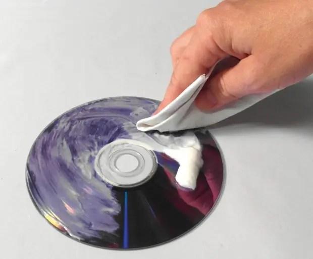 cd-pasta-dientes