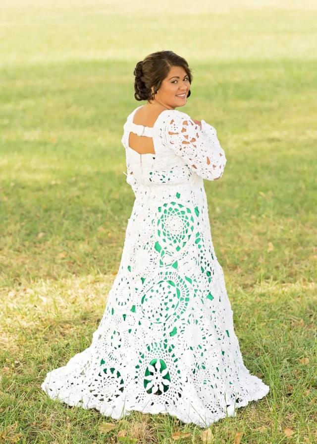 novia-teje-su-propio-vestido7