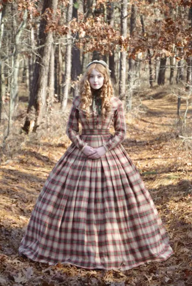 angela-diseñadora-vestidos-disney14
