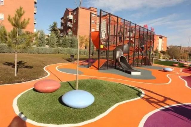 parque-para-ninos-con-discapacidad-espana5 (6)