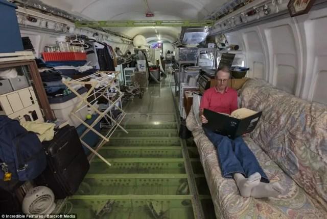 hombre vive en aeroplano 2
