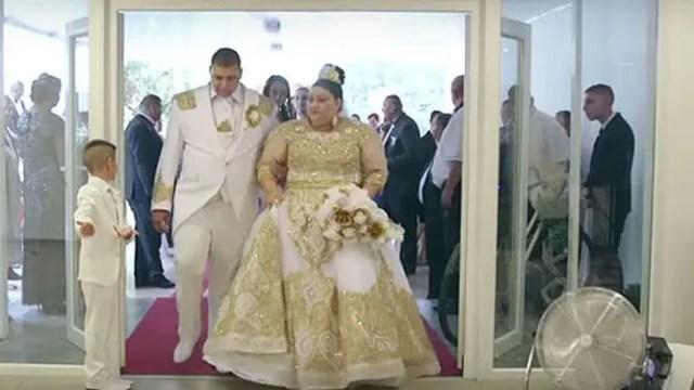 gitana-extravagante-vestido-150-mil-euros1