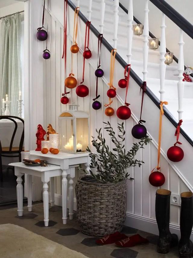 decoracion-navidena-escaleras-y-corredores-17