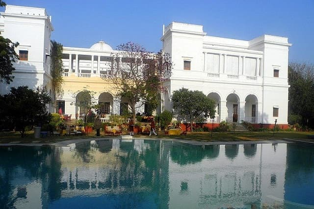 10 Pics of Saif Ali Khan's Royal Pataudi Palace