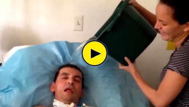 Ασθενής με ALS δέχεται την πρόκληση και δίνει πάσα στον Πάπα Φραγκίσκο