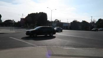 Busy Intersection With No Traffic Lights Or Signs Is Your Commute Nightmare