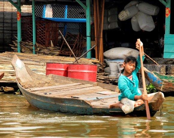 Siem Reap'ten Battambang'a –  Bir tekne hikayesi