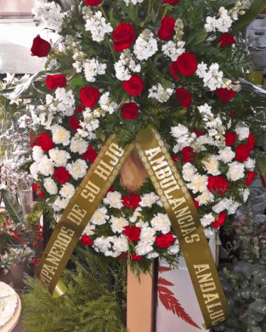 Corona de claveles