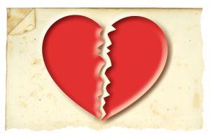 975584_broken_heart.jpg