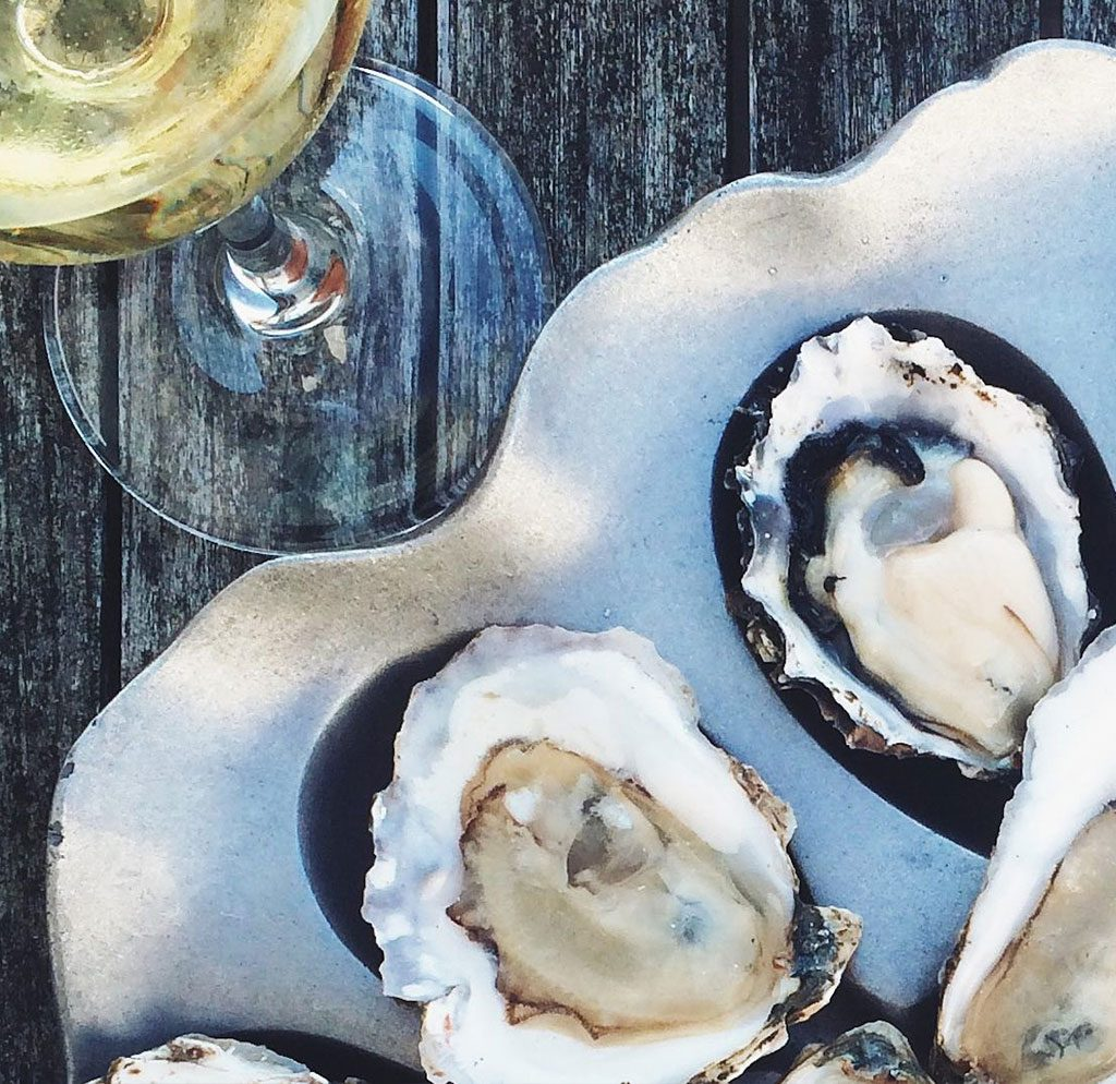 Foodie Guide: Pairing Wine + Beer with Your Oysters in Virginia's River Realm