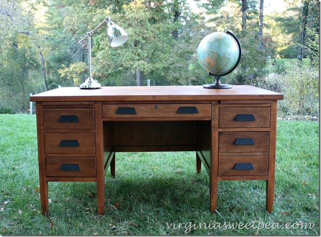 Vintage Teacher's Desk Makeover by virginiasweetpea.com