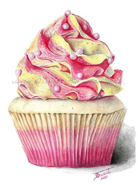 Peinture réaliste à l'aquarelle d'un cupcake gourmand recouvert de crème au beurre rose et jaune et parsemé de petites boules roses réalisé par l'artiste peintre Virginie Brassart