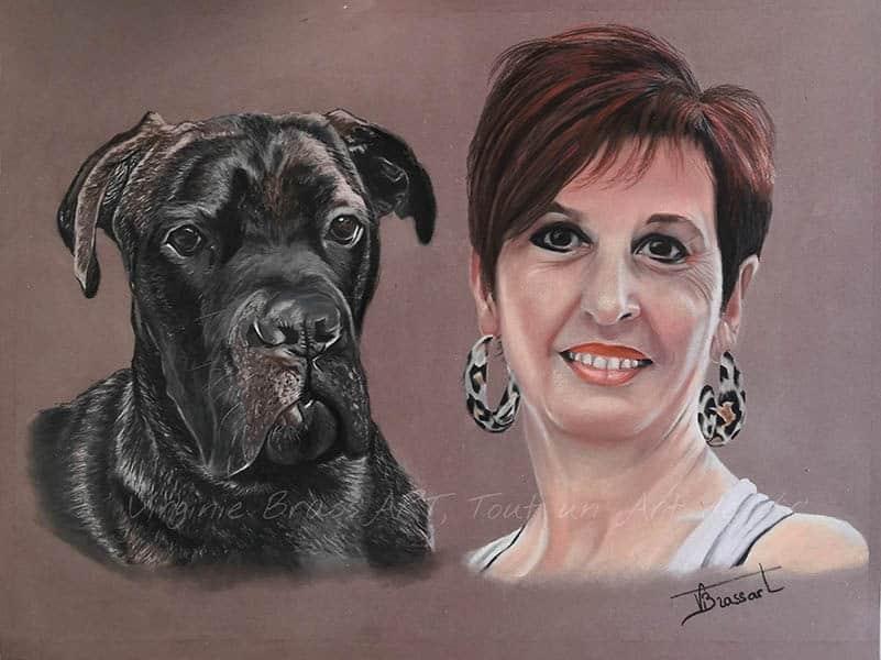 Dessin aux pastels secs d'un chien cane corso et samaîtresse réalisé par l'artiste peintre et portraitiste animalière Virginie Brassart