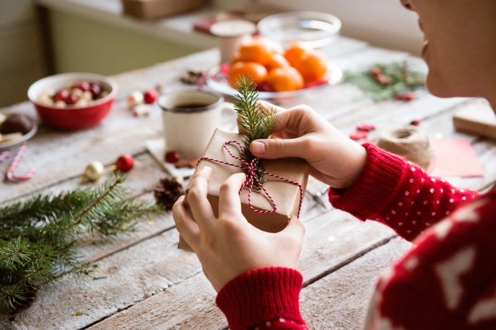 CBD Holiday Gift Guide - CBD Gift Ideas