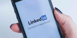 using linkedin to market your small business