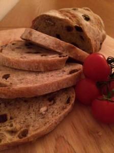 Liz's pecan and sultana bread