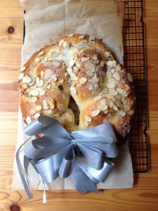 Easter bread stuffed with Marzipan