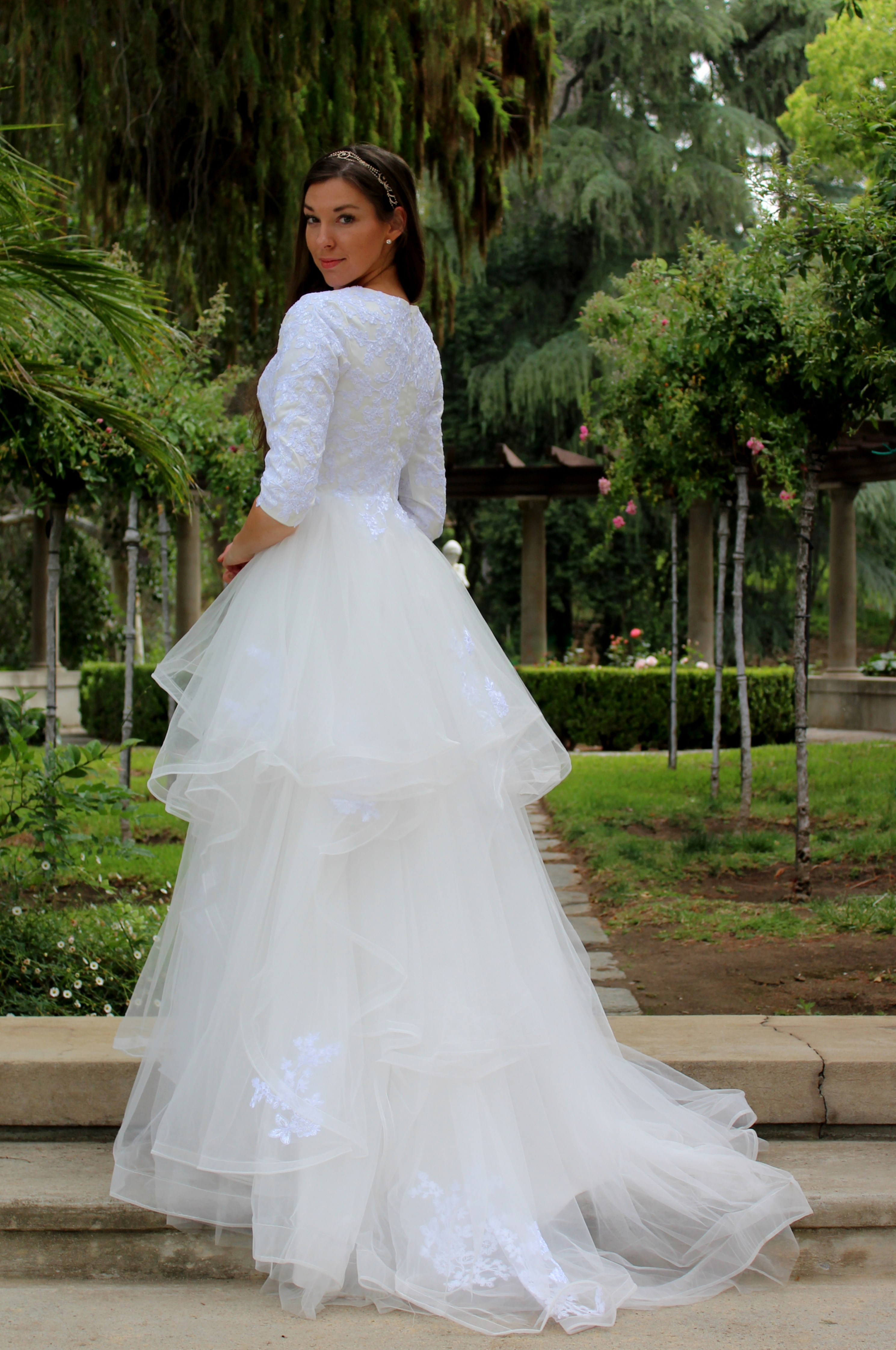 Two-tone Wedding Dresses Archives - Virtuous Prom