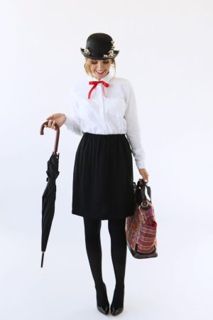 Mary Poppins DIY Halloween Costume by Merrick's Art
