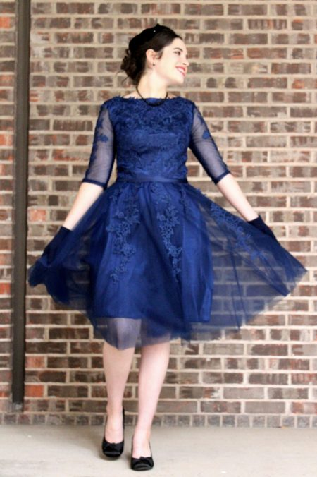 Navy Blue Lace Modest Prom Dress with Sleeves
