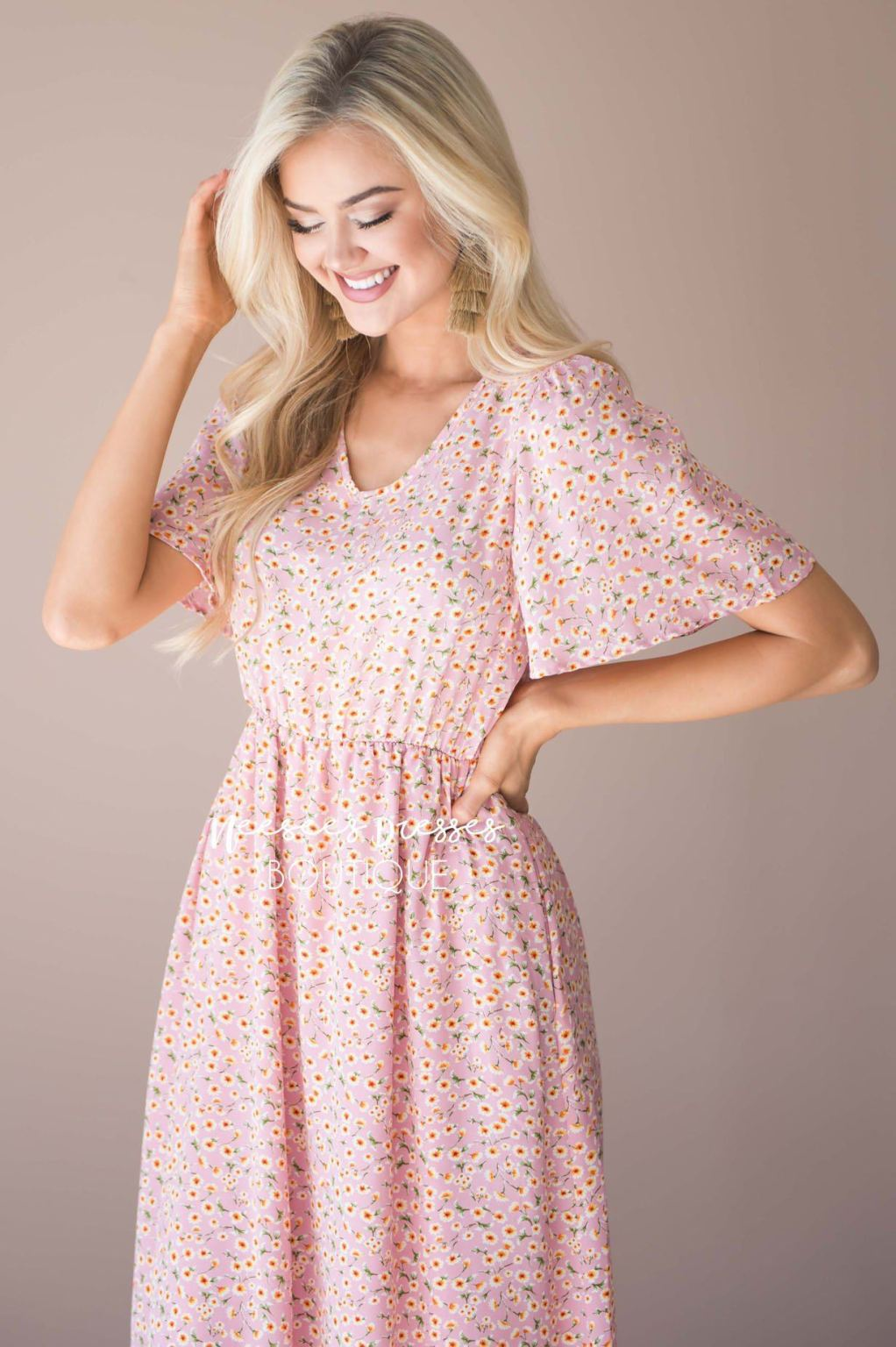 Neesees Dresses Pink Floral Modest Dress with Sleeves