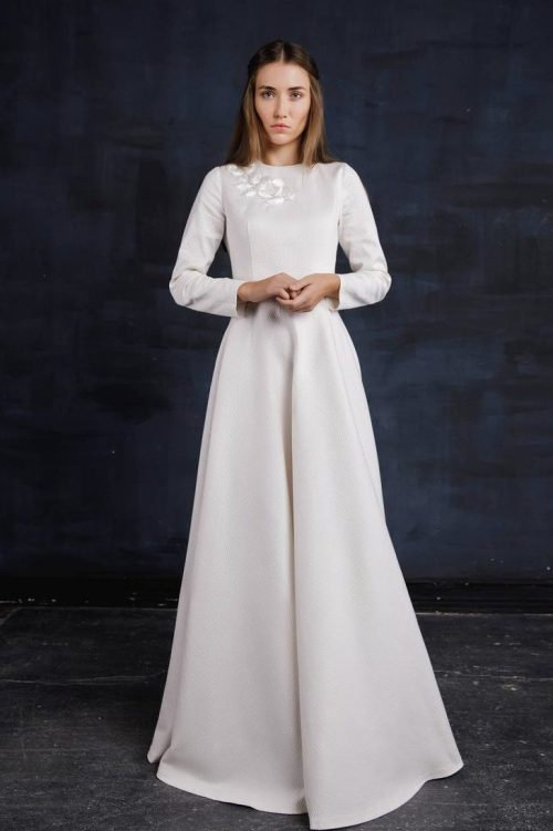 Tznius Ivory Wedding Dress with Embroidery